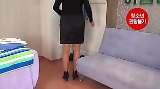 Blond beauty Sierra has sensual massage to make her perfect..and gets