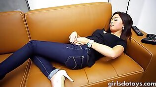 Petite young Asian Fucked By Her Sister In Law
