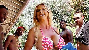 Blindfolded stepmom cums on stepson in all orgy