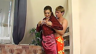 Feet Mom Asscrape And Seduced By Son In Law