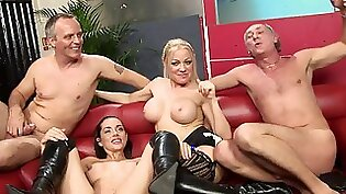 HOT DECK SEXY ANNA CINDY BEHR TAKES ON AN EXGIRL