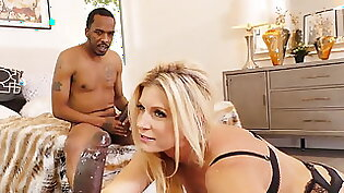 Cute blondie enjoys a threesome with two bbc at once