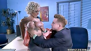 Huge ass secretary gets mouth licked hard
