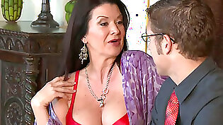 Blue-Eyed Puerto Rican MILF Gets Her Pink Pussy Romped