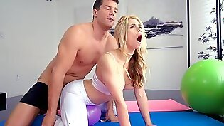 Miriam Quinn anal fucked in gym